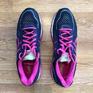 Asics Kayano 22 - Ladies 12- Navy/Pink